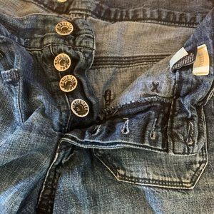 Madewell unique pocket denim button shorts